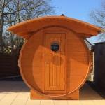 Exklusive Holzfass-Sauna