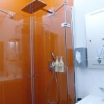 Bodengleiche Dusche mit XXL-Kopfbrause